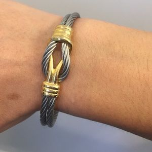 Jewelry - Cable bracelet - Looks like a Charriol Bracelet